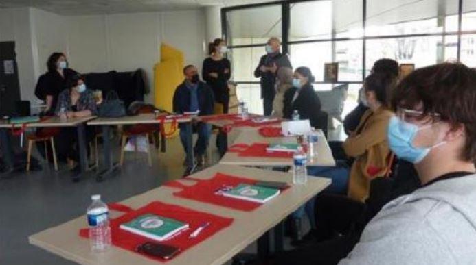 Graines de pâtissier: c'est parti pour les stagiaires de l'E2C avec la SEPR et le fonds solidaire Valrhona